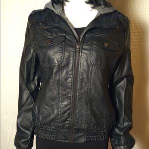 Black faux leather moto jacket 💕